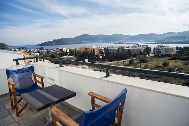 Family house near Athens airport - Porto Rafti - Huis