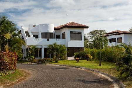 Large Ocean View House with Pool on the Beach - Playa Hermosa