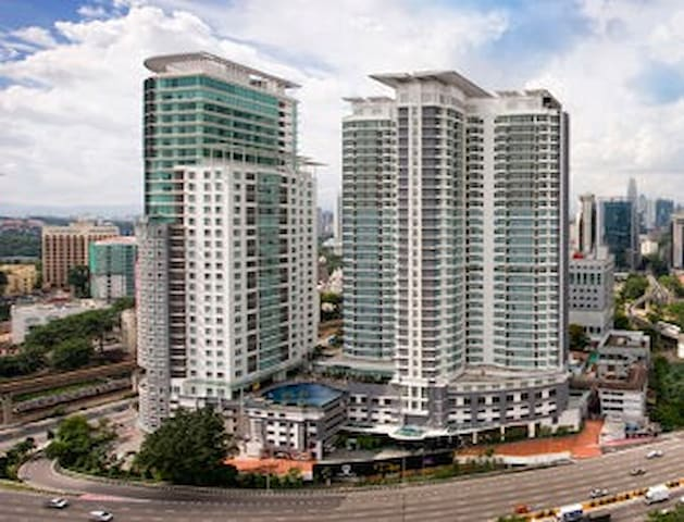 Formerly managed by RAMADA PLAZA HOTEL. - Kuala Lumpur - Apartment