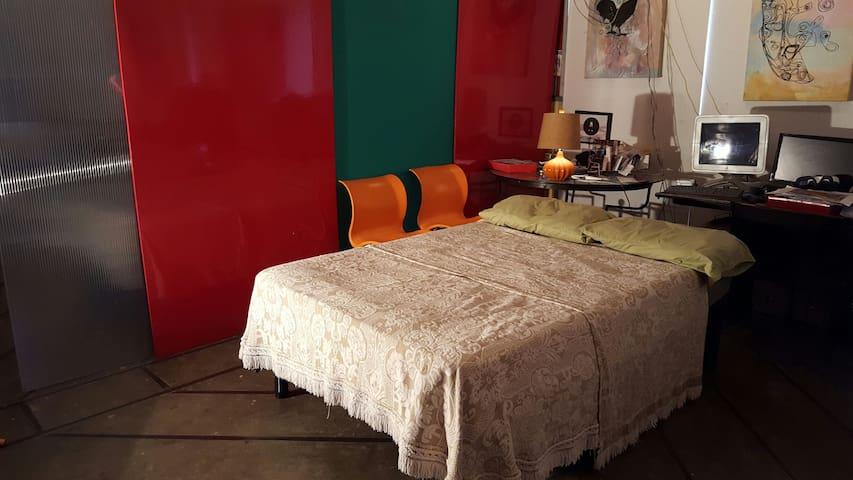real Bohemian NYCstyle Art studio! - Dallas - Loft