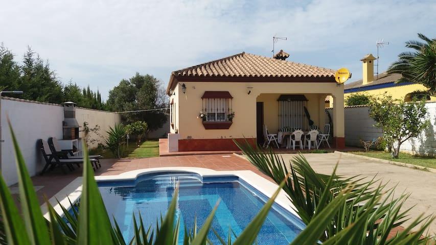Villa Los Naranjos, piscine et clim - Chiclana de la Frontera - Villa