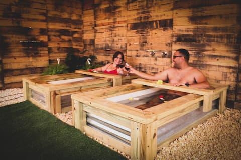 Salto al Paraíso: Pool,  bathtubs, A/C, paradise