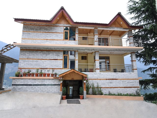 OYO -  Alluring 2 BHK Hill-View Home - Don't Miss!
