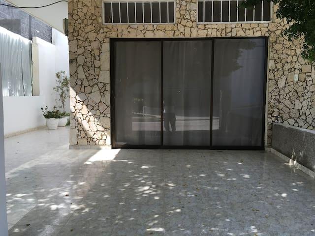 Holy Place III.  Aeropuerto -Crespo