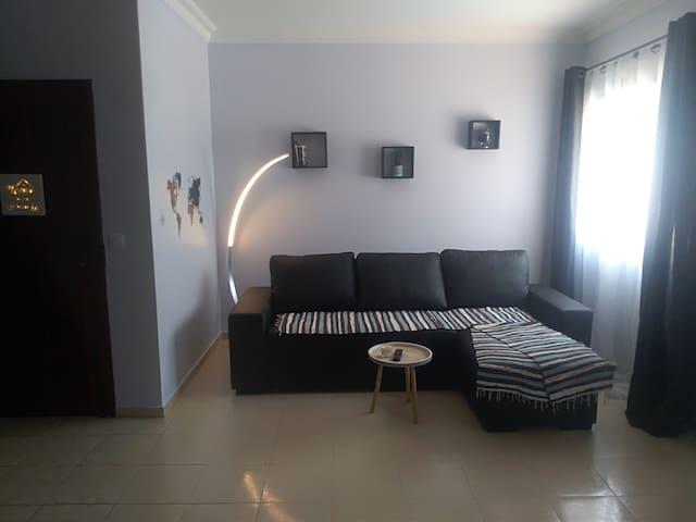 Apartamento com grande terraço para 1-6 pessoas