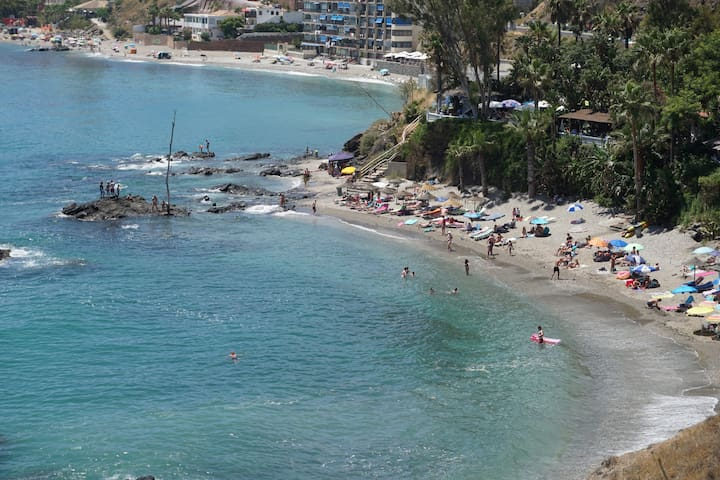 La Viborilla Beach - only 150 meter from the apartment (there are several choices)