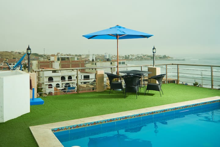 Huanchaco Big Home, Ocean View with Pool at 4t