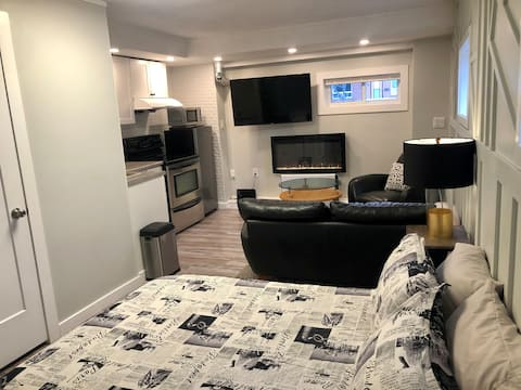 Cozy apartment close to downtown and bell park