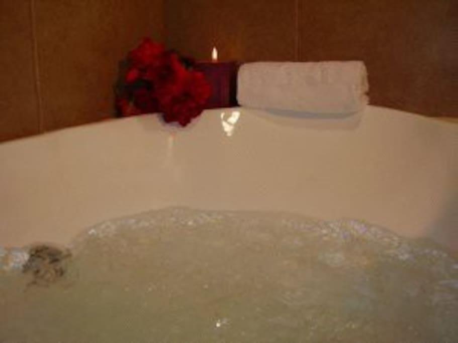 bañera con hidromasaje privado