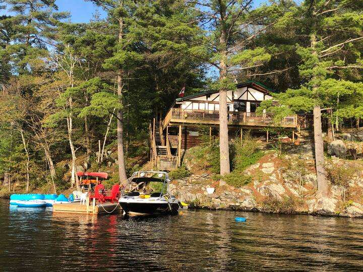 Fabulous Island Family Cottage on Healey Lake