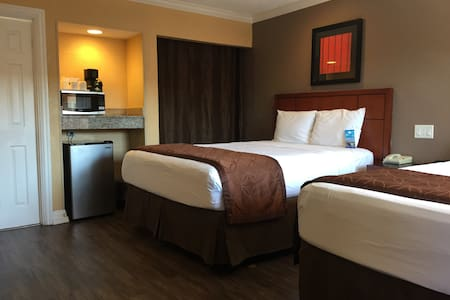 Travelodge El Cajon 1 Private room with 2Beds - El Cajon - Andet