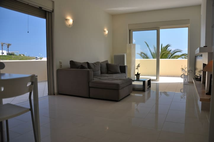 House with deep blue Sea View - Heraklion - Apartment