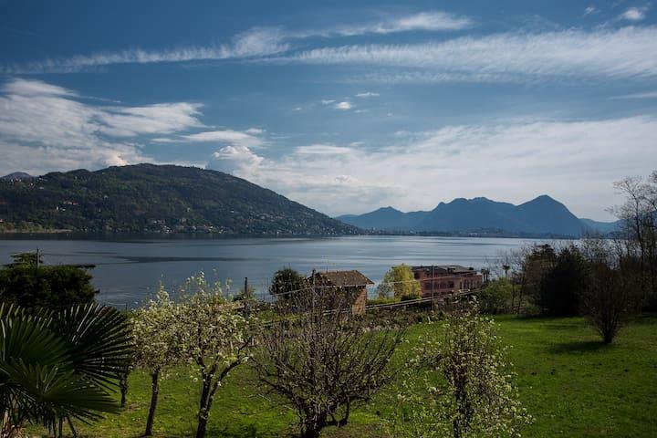 Appartamento Gardenia vista lago - Feriolo - อพาร์ทเมนท์