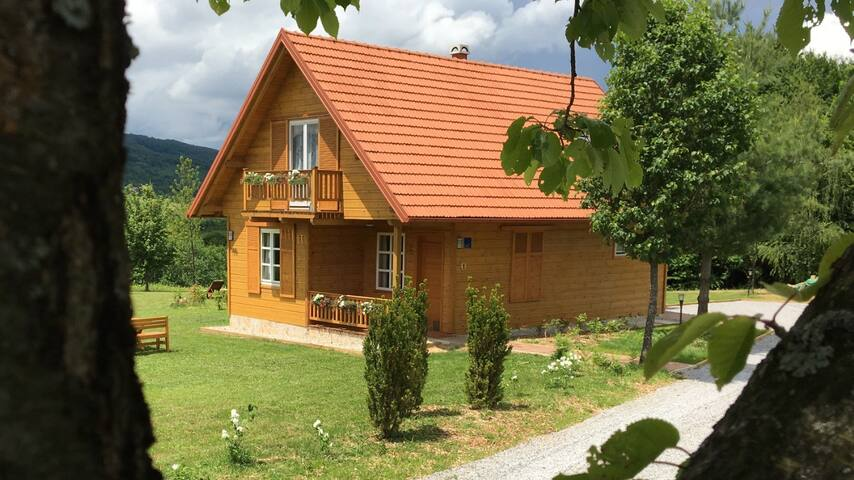 Holiday home Vita Natura - Rakovica - Rumah