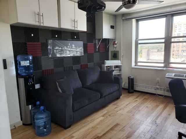 Luxurious Studio! ♡ of Bklyn, Access to all of NYC