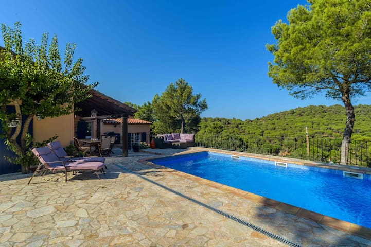 Villa La Barraca, luxury villa in great location