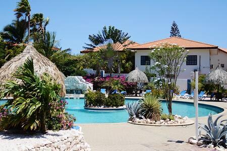 Volledig huis voor 5p met aparte kamer en zwembad - Casa