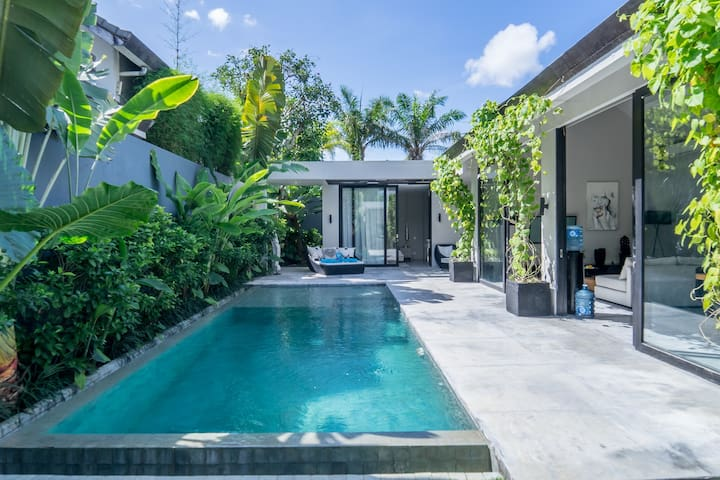 Zanti, Ultra Modern 2 Bedroom Villa, Umalas