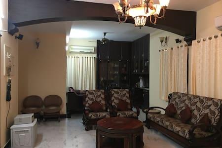 PURNA HOSPITALITY - Chennai - Lägenhet