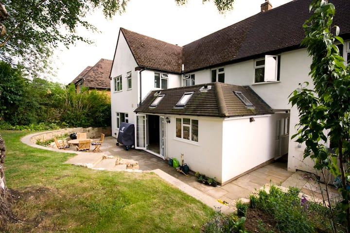 Spacious Family Home Berkhamsted