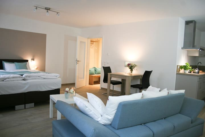 Apartment near Munich Airport and Therme Erding - Eitting - Bed & Breakfast