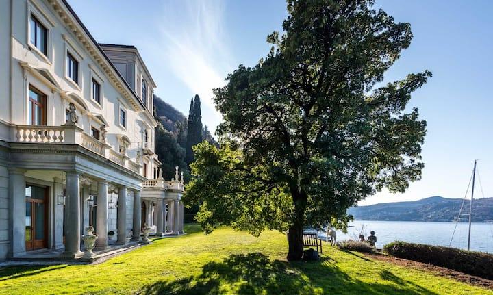 Apartment in a Luxury Villa - Como Lake