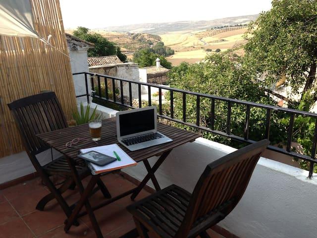 Cervantes holiday let with fantastic views - Alhama de Granada