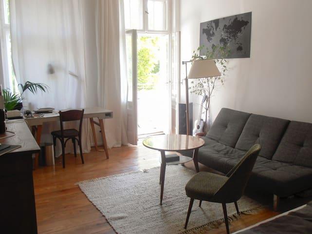 Schickes Zimmer in Berlin Neukölln