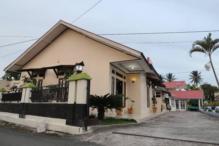 Rumah Liburan Padang Panjang