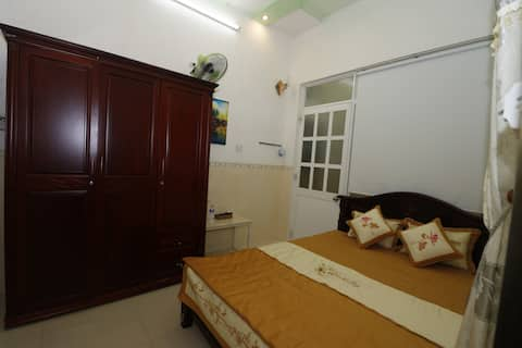 ThànhĐạt2 Hostel-Private room,2 minutes to beach