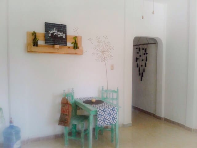 Cozy and fresh apartment, 3 min walk to the beach - Puerto Morelos - Apartment
