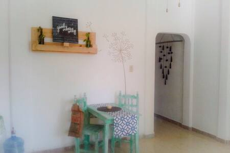 Cozy and fresh apartment, 3 min walk to the beach - Puerto Morelos - Apartamento