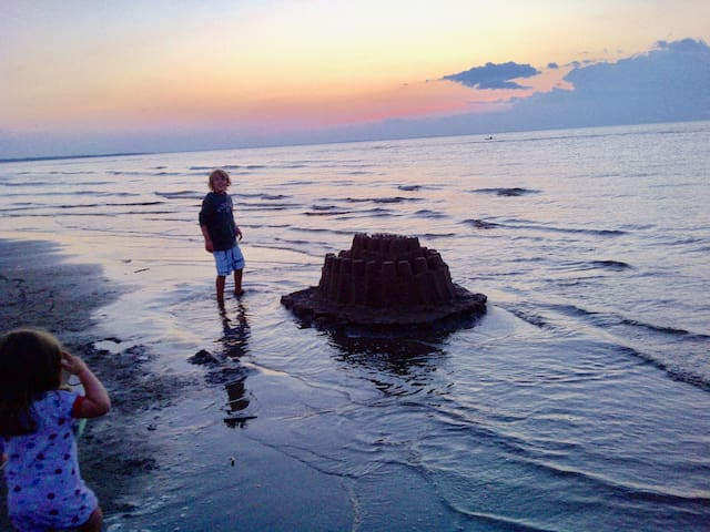 Nicholas  Beach Ocean Front Chalet - Beaubassin-est - Cabana
