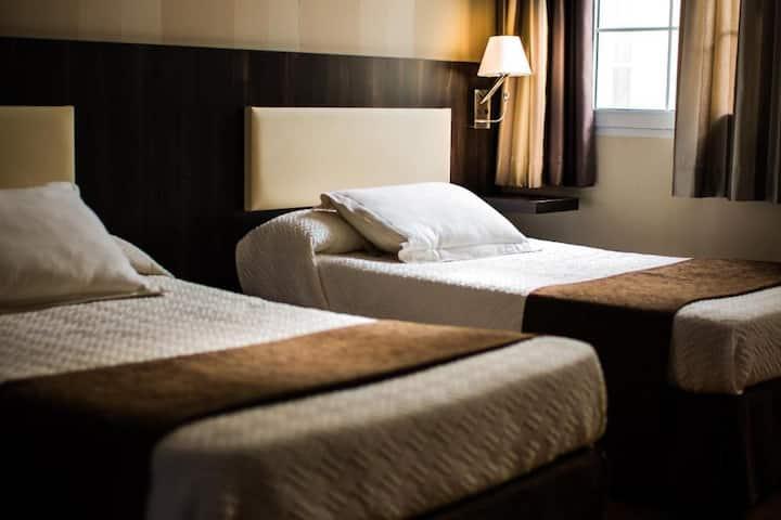 Habitación Doble cama matrimonio o 2camas indv.