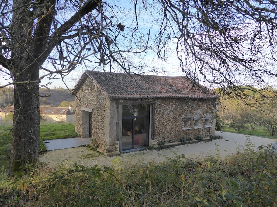 grange restaur e en 2013 houses for rent in bourrou aquitaine france. Black Bedroom Furniture Sets. Home Design Ideas