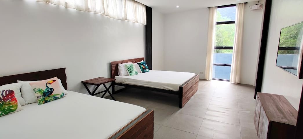 Room 3 (For 12 to 16 pax rental)