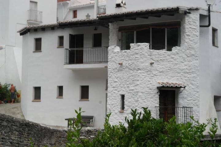 Romantic house in white village. Málaga, Andalucía