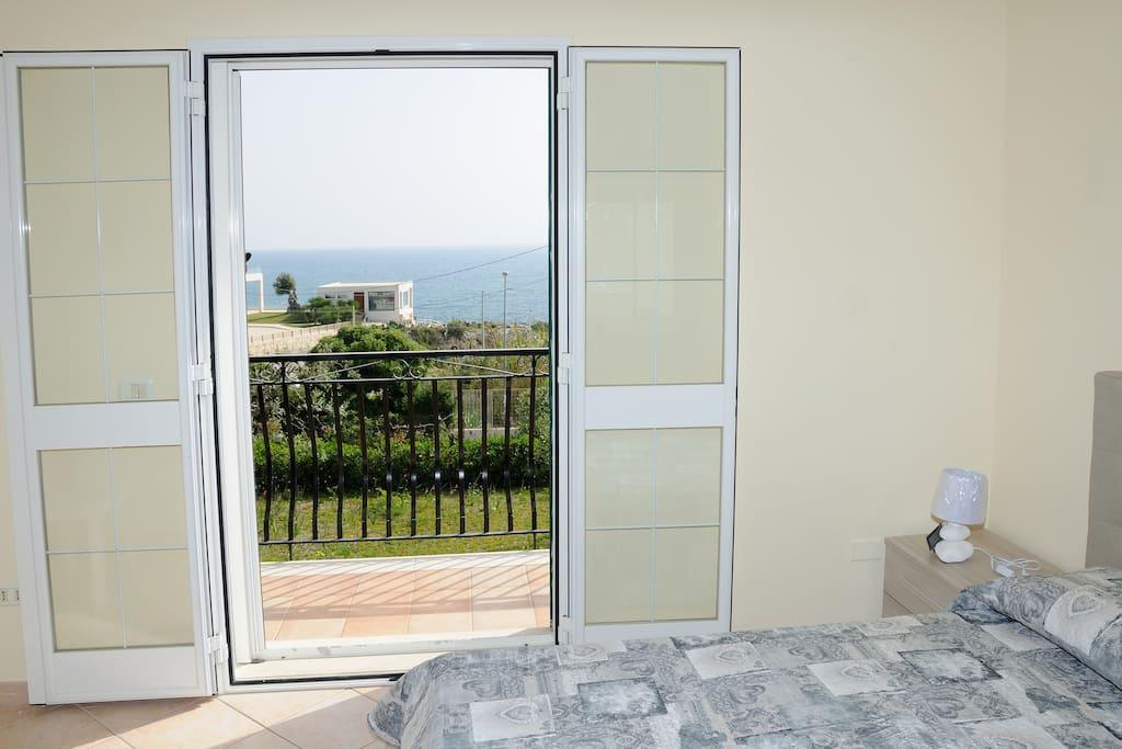 Villa Maria - camera matrimoniale 1 - balcone vista mare - primo piano