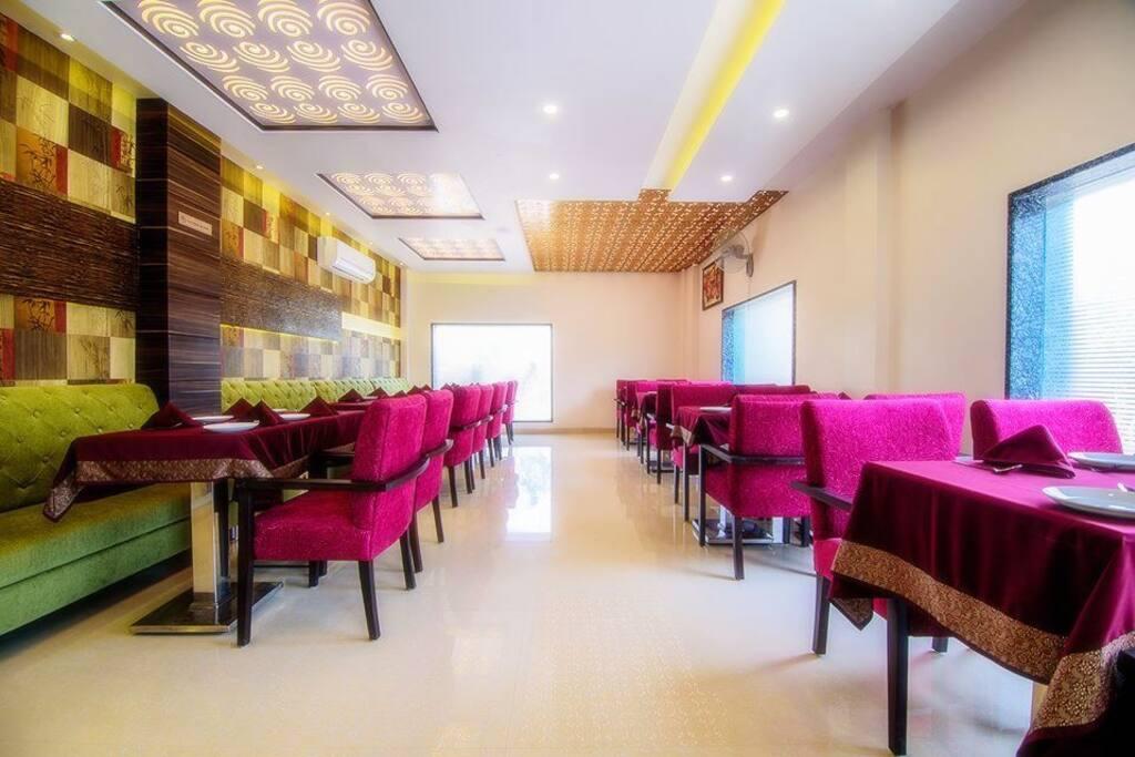 The Bamboo Diner     (Family Restaurant)