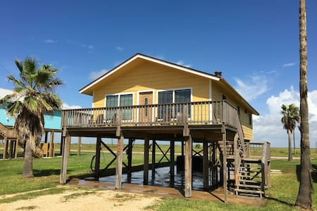 Adorable Mid Century Modern Beach Cabin - Freeport - Casa