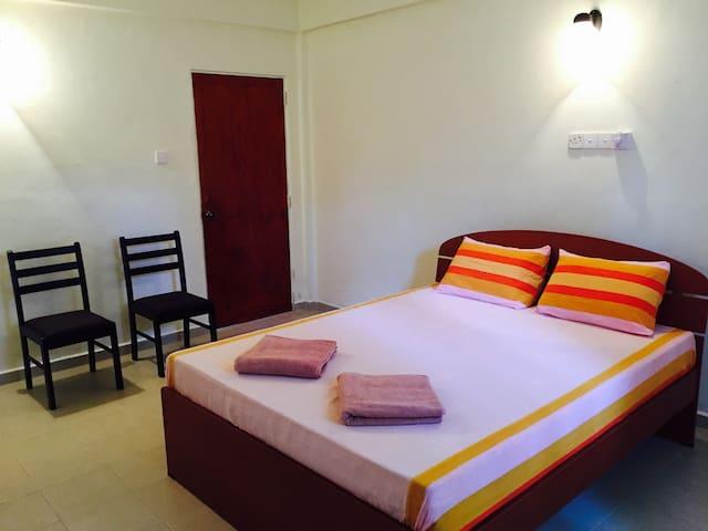 Sky Beach Hotel - Negombo - Appartement