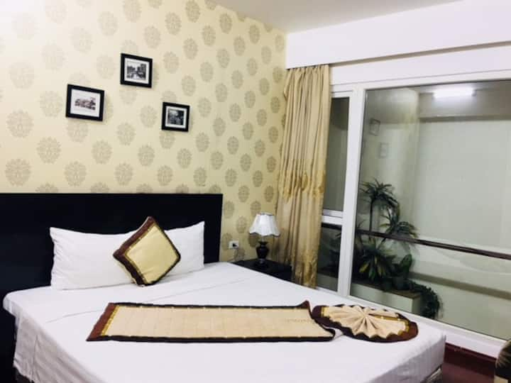A Deluxe double bed room in Hanoi city center