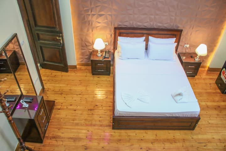 Private Double Room in downtown