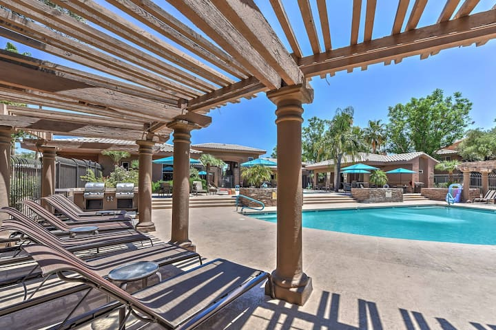 Luxury Condo w/Heated Pool & Covered Patio!