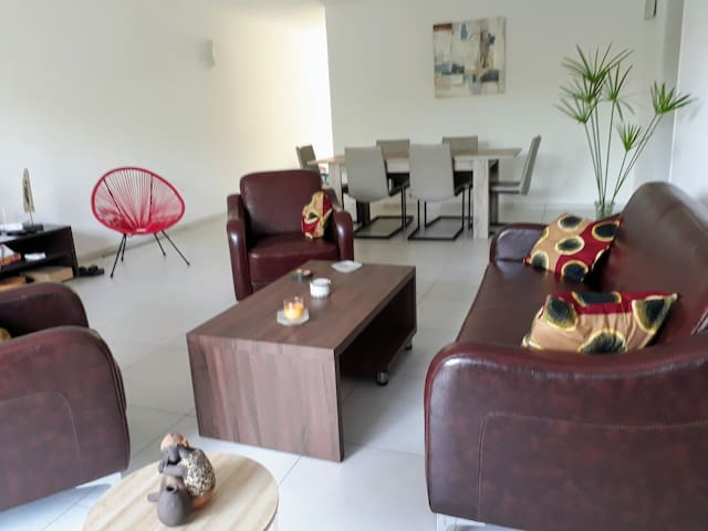 Appartement  Confortable de 2 Ch Batterie 4