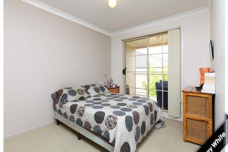 Peaceful bushviews Apartment - Watson
