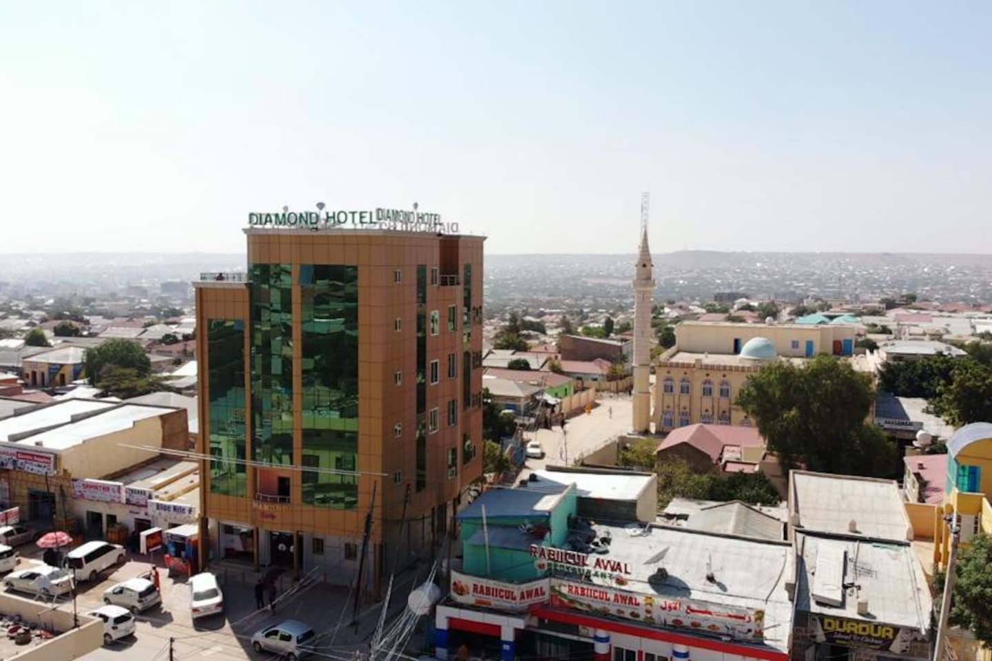 Diamond Hotel Hargeisa is the only Hotel and Full Service Restaurant open 24 Hrs/day, 7 days/week.