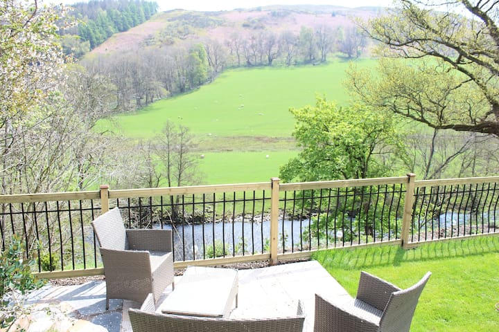 Riverside Cottage 3 miles from Llangollen - Rhewl - Apartment