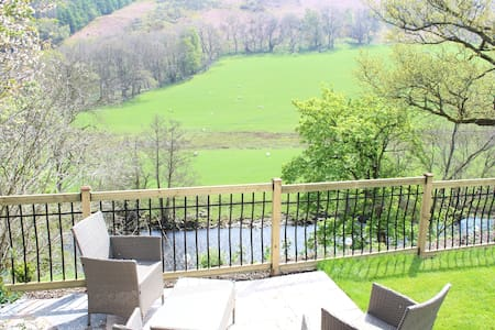 Riverside Cottage 3 miles from Llangollen - Rhewl