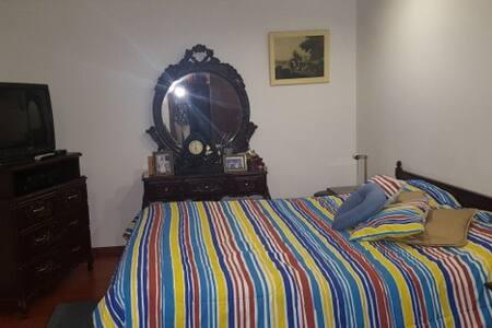 Dos lindas habitaciones  con piscina. - Quito
